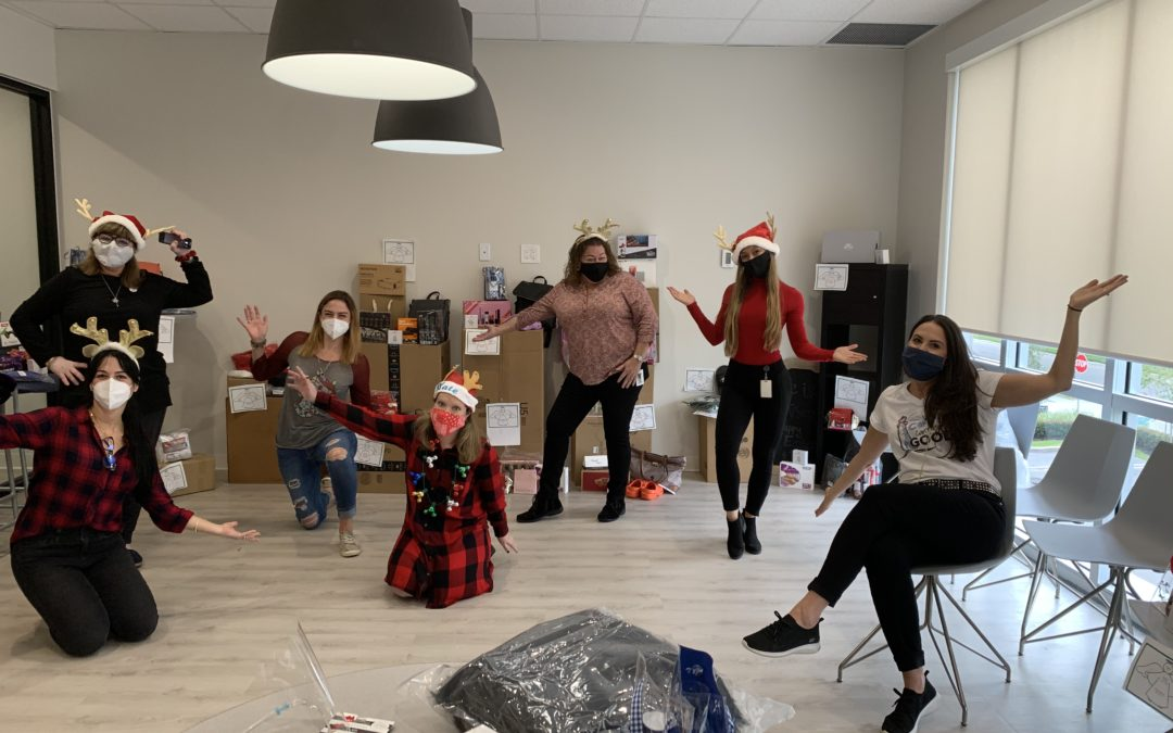 HDS Elves at Work to Spread Christmas Cheer this Holiday Season!